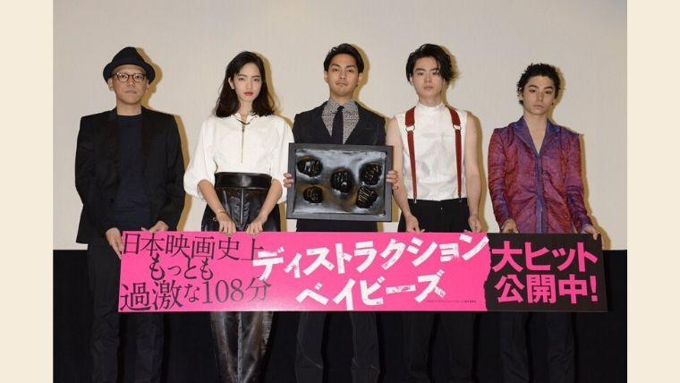 菅田将暉と小松菜名の馴れ初めは映画『糸』!猛アタックした理由がヤバい!