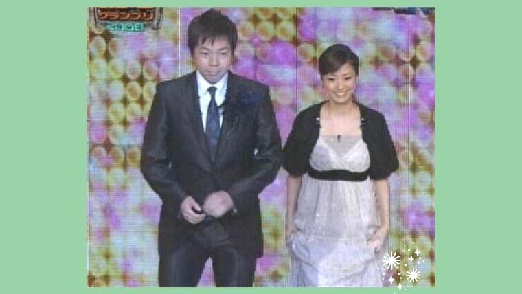 上戸彩のM-1グランプリの歴代・衣裳ドレス(2009)