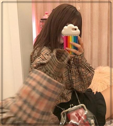 藤田ニコルの自宅マンションの衣裳部屋3