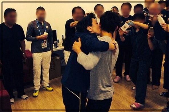 橋本聖子のキス強要写真がヤバい!セクハラ疑惑の真相!ネットや世界の反応は?