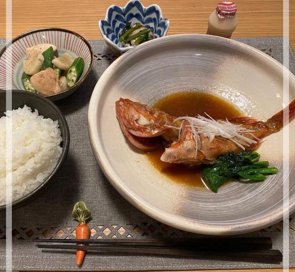 山縣亮太さんの自炊した食事。