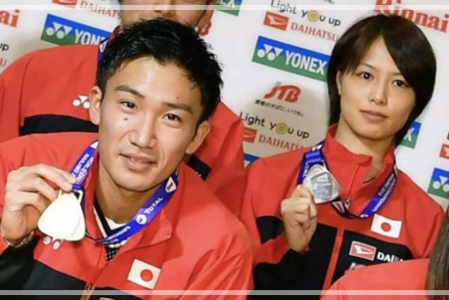 桃田賢斗さんと福島由紀さんが写る画像。