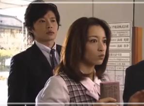 共演する田中圭さんとさくらさん。