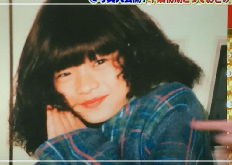 女装をする子供の頃の田中圭さん。