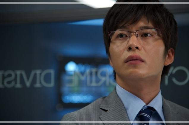相棒で岩月彬を演じる田中圭さん。